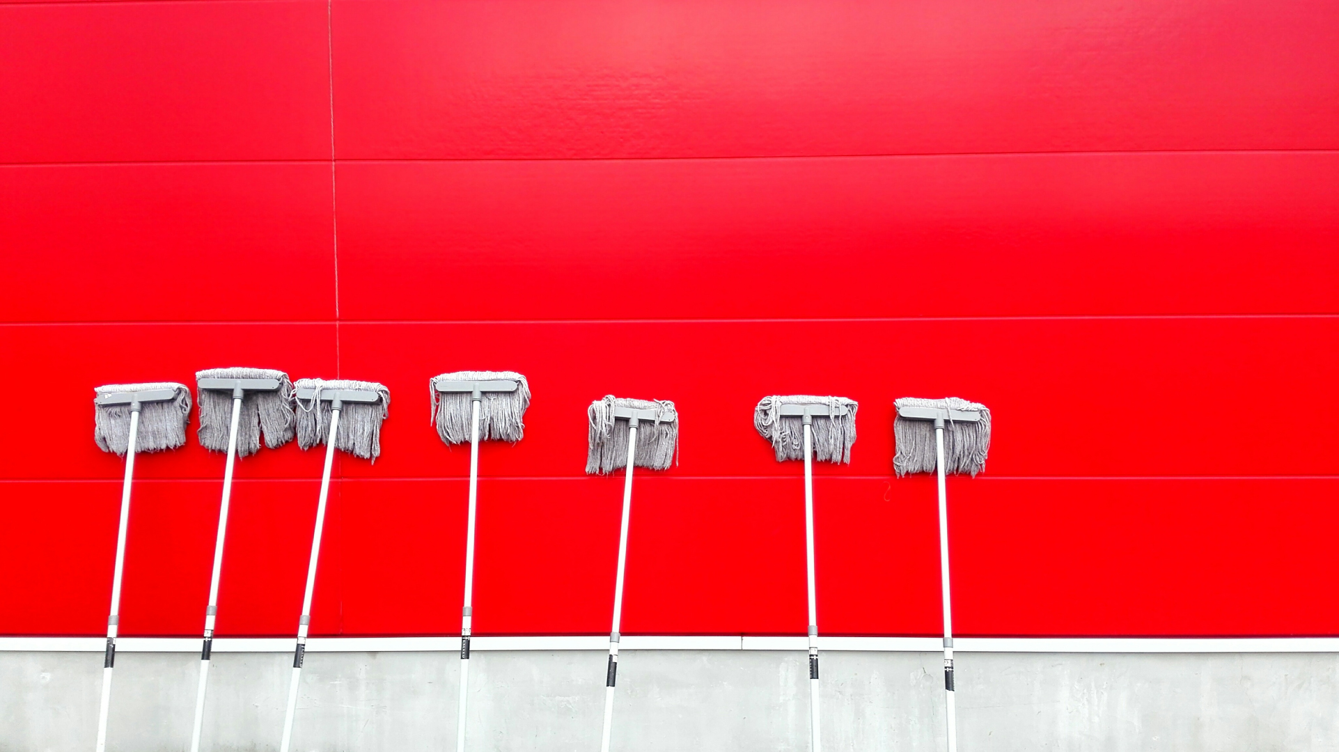 How to Spring-Clean Your Product Descriptions for Maximum Conversions