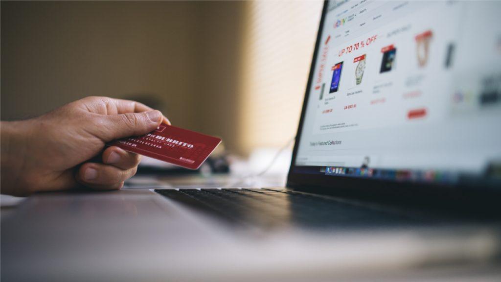 Custom Content Drives Ecommerce Sales Success