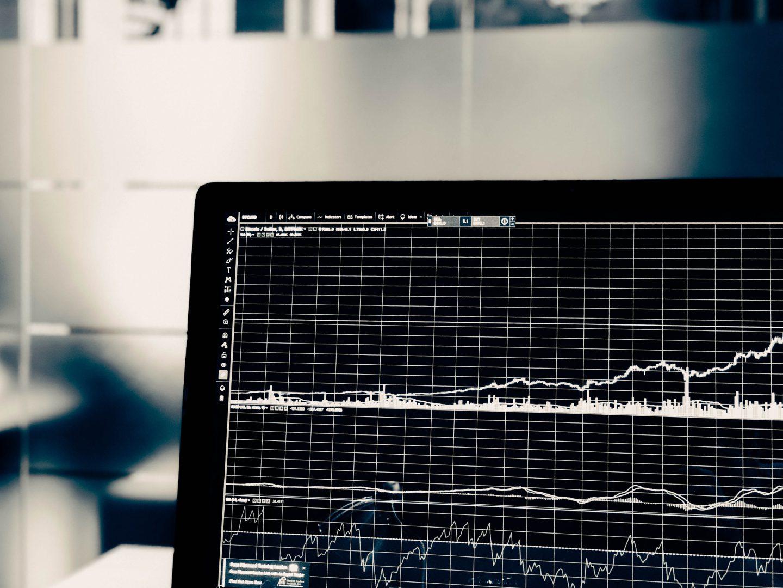 5 Ways Data Governance Drives Revenue